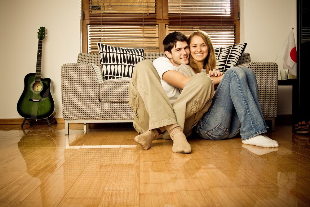 結婚前の同棲は賛否両論