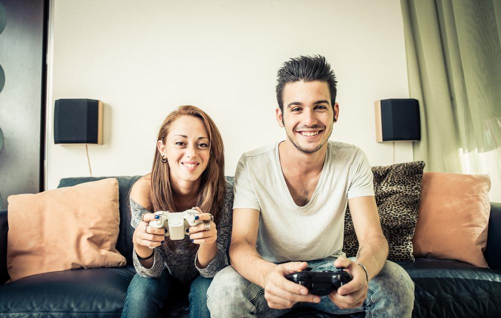 ゲームと侮るな!オンラインゲームがカップルで楽しめる理由6つ