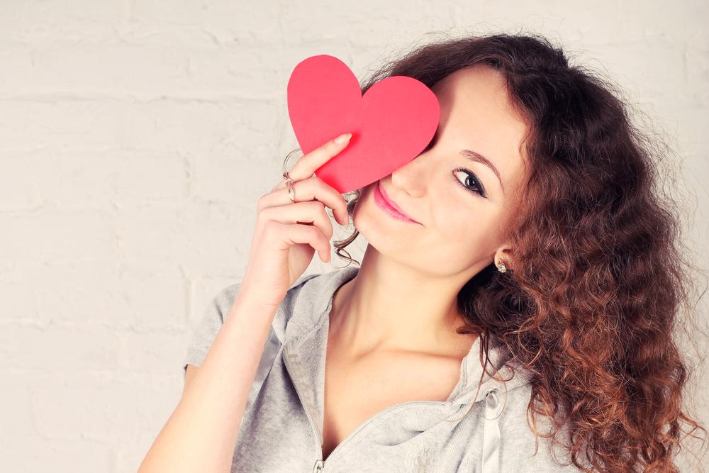 好きな人いるでしょ!恋をしている女性の7つの特徴
