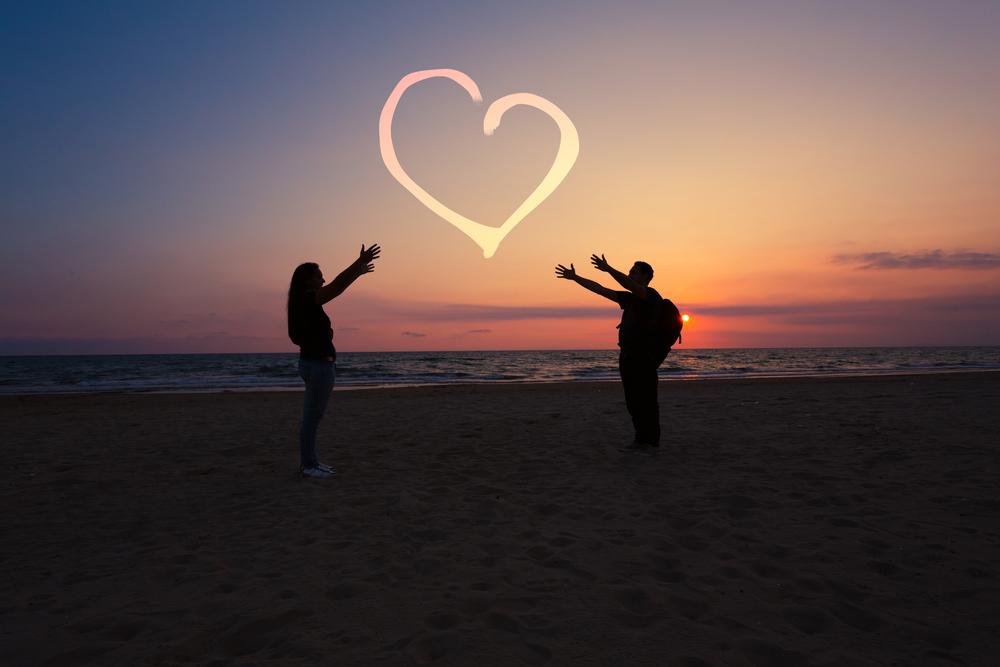 忘れられない想い!初恋の人と再会できる6つの方法