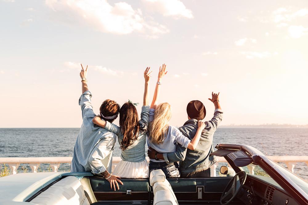 男性が女友達を女性として意識する6つの瞬間